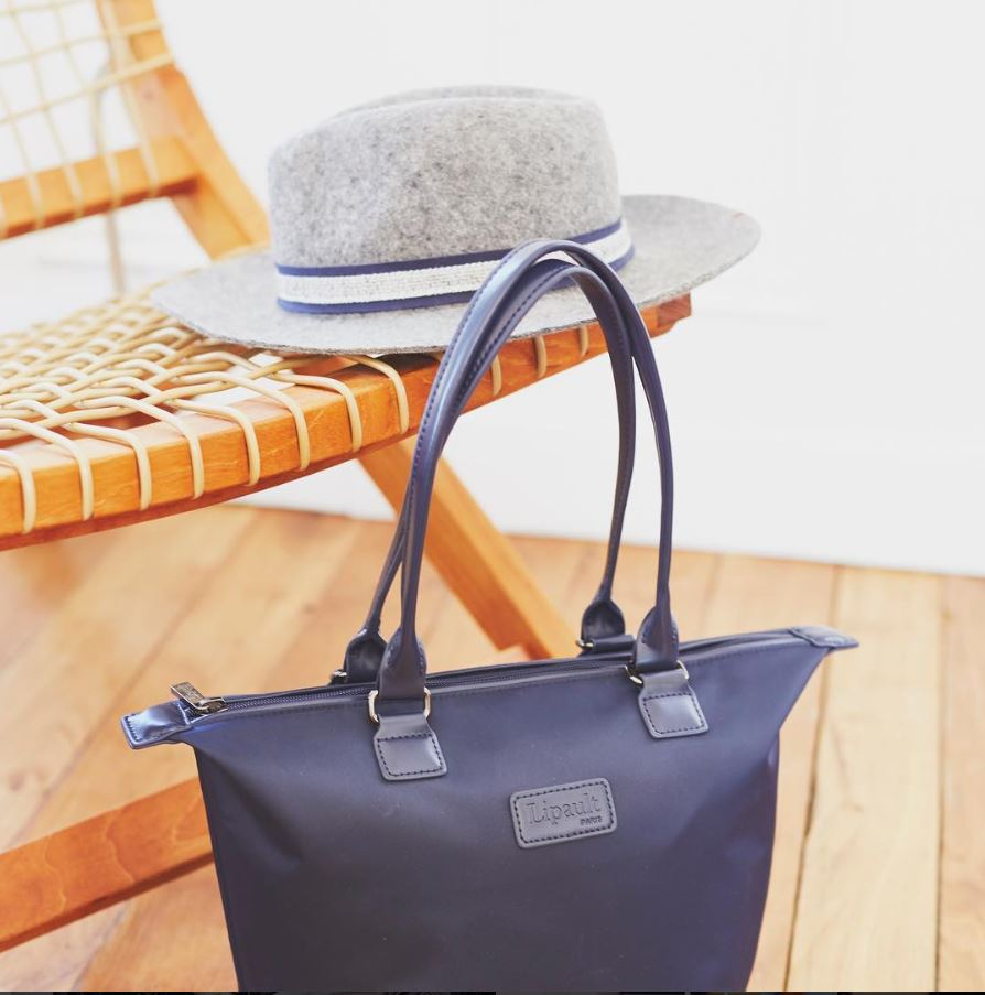 Step Out The House With This Summer Feel Blue Lipault Tote Handbag